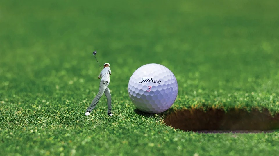 golf-ball-t
