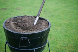 golf-divot-filling-mixes-c