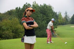 golfer-woman-ag