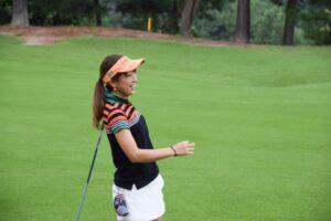 golfer-woman-aj