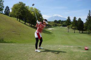 golfer-woman-shot-g