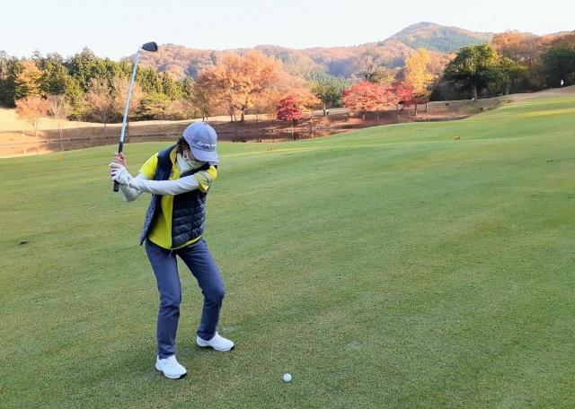 golfer-woman-shot-o