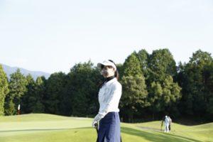 golfer-woman-y