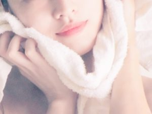 lady-towel-a
