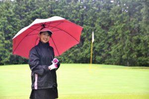 rain-golfer-b