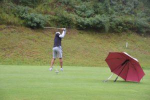 rain-golfer-g