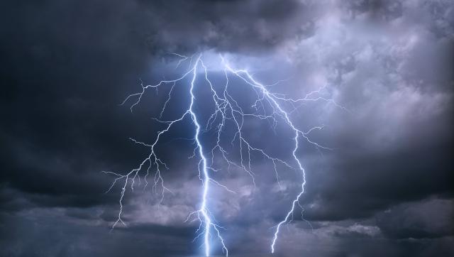 thunder-b